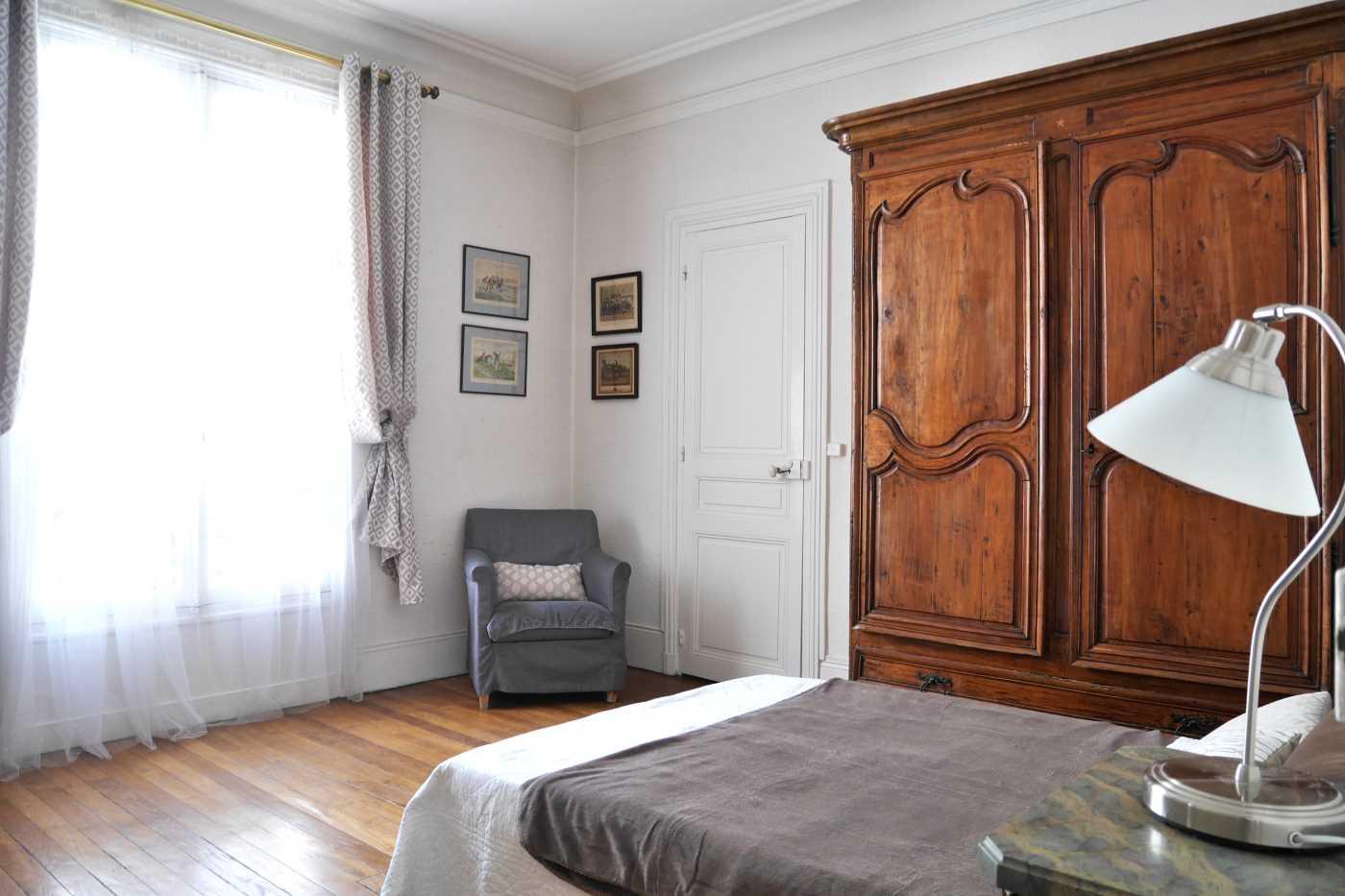 location appartement meubl paris 16 cattalan johnson immobilier. Black Bedroom Furniture Sets. Home Design Ideas
