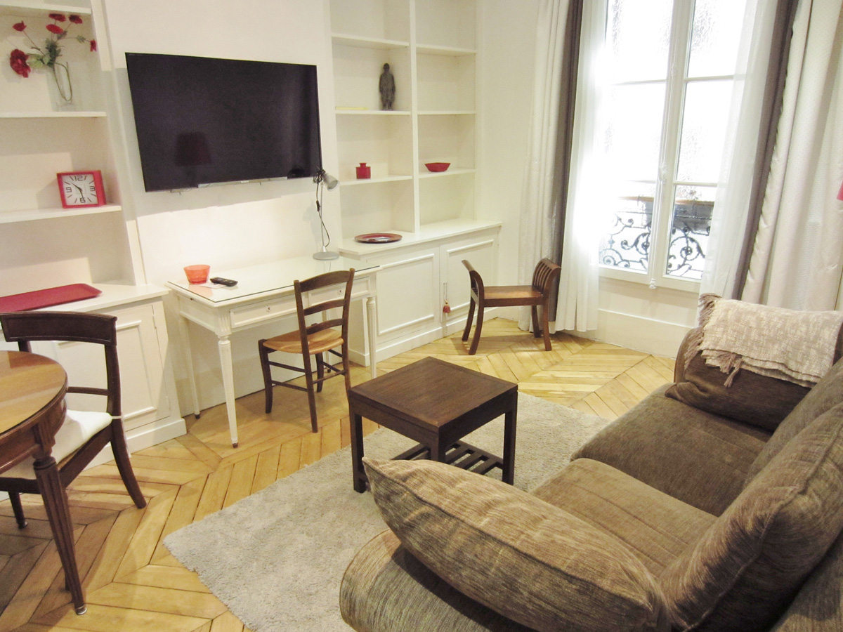 Location Appartement Meublé PARIS 17