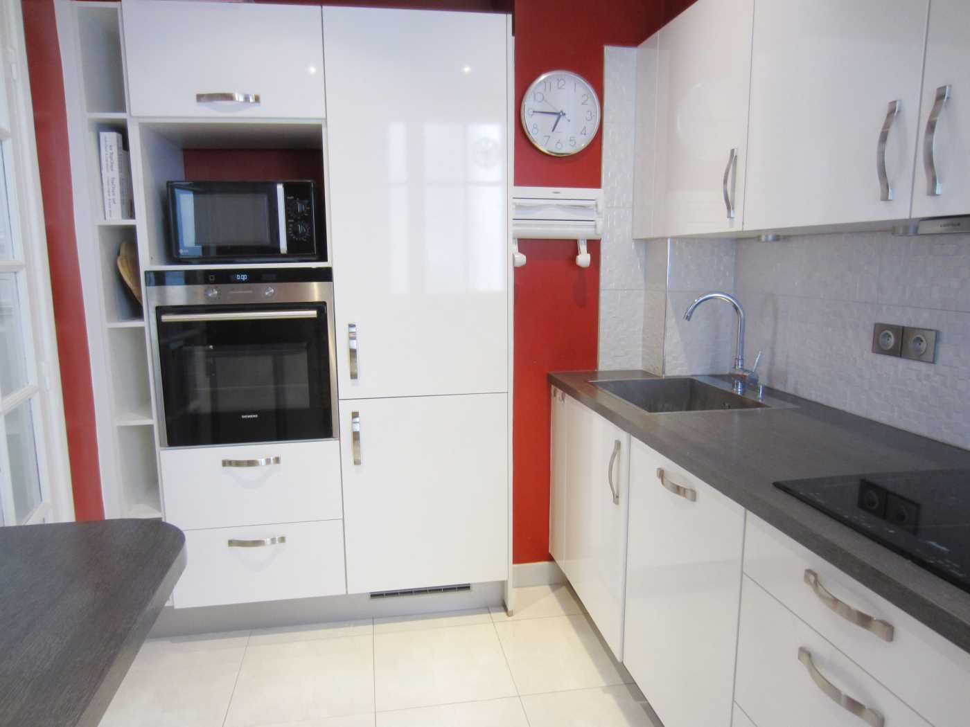 Location appartement meubl paris cattalan johnson - Location meuble paris e arrondissement ...