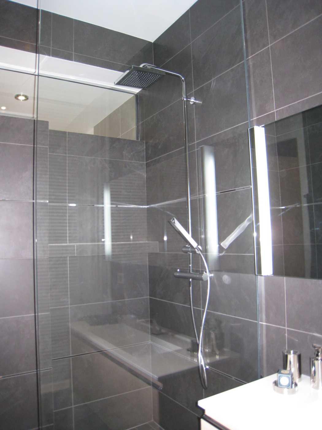 Location appartement meubl paris 17 cattalan johnson for Location meuble paris