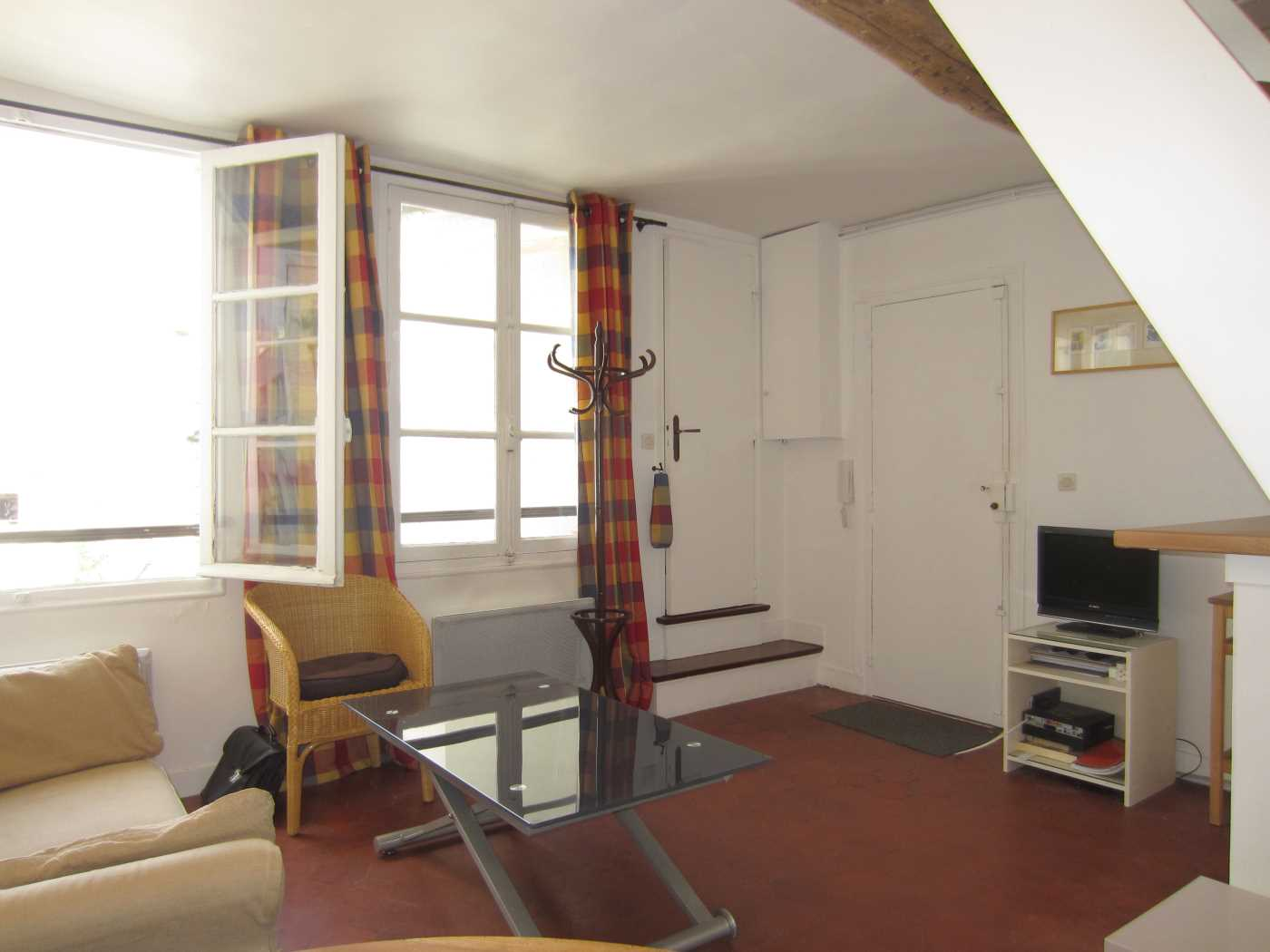 FURNISHED RENTAL APARTMENT PARIS 4